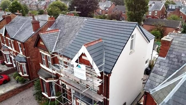 Roof replacement Southport